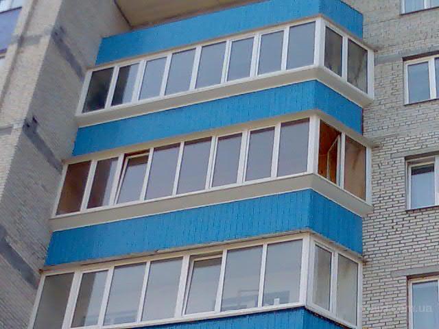 Остекление балконов и лоджий - пластик трест.